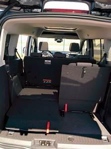 Ford Tourneo Connect 7 Places : une voiture 4 enfants et un coffre les mondes de cyborg jeff ~ Maxctalentgroup.com Avis de Voitures