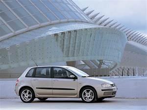 Fiat Stilo 2002 : fiat stilo dynamic 2002 picture 12 of 26 ~ Gottalentnigeria.com Avis de Voitures