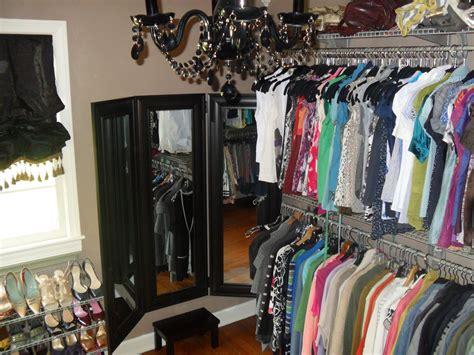 fashion blogs diy walk in closet renovation