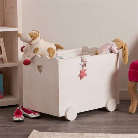 monter cuisine coffret à jouets en bois blanchi de chez couleurs des