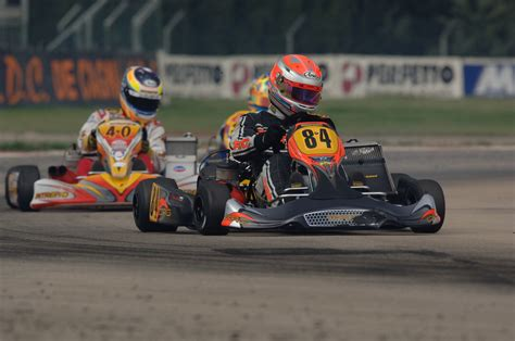 Why Sim Racers Should Try Karting