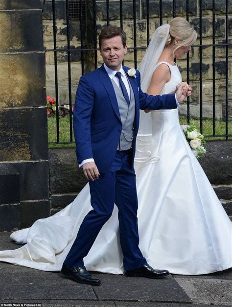 Declan Donnelly kisses new wife Ali Astall after Newcastle ...