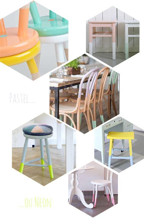 relooker chaise en bois déco 10 idées diy pour relooker chaises et tabourets