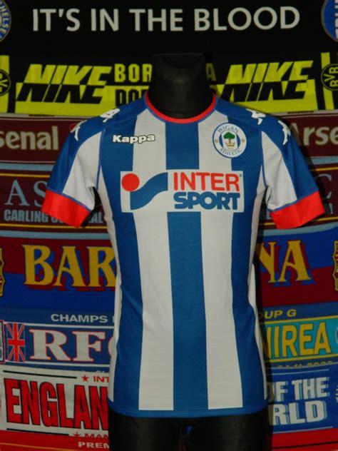 Wigan Athletic Home maglia di calcio 2016 - 2017 ...