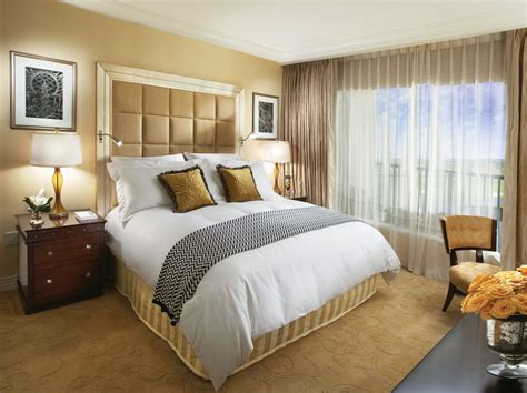 Small Bedroom : Modern Bedroom Ideas For Small Space With Luxurious