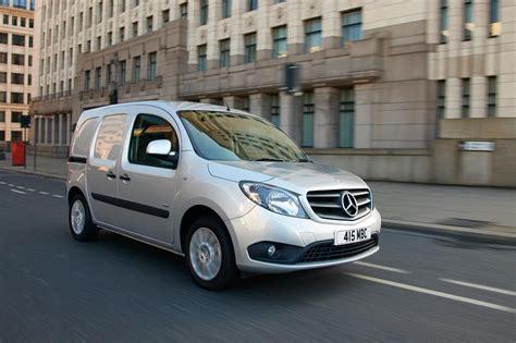 Мерседес ситан mercedes citan рено кенгу renault kangoo пассажир 2015. Mercedes-Benz Citan gets 6-speed dual-clutch auto | Business Vans