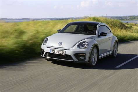 2017 Volkswagen Beetle Detailed In New Photos And Videos
