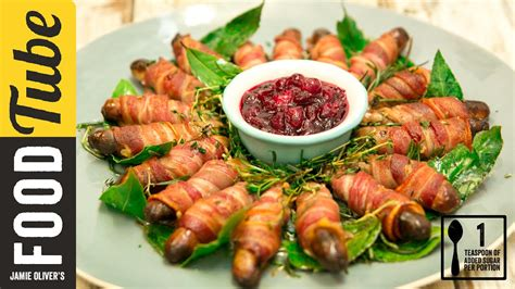 pigs  blankets  cranberry sauce gizzi erskine