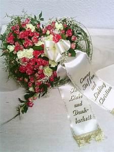Trauer Blumen Bilder : pin von andrea auf trauergestecke trauerkarten pinterest trauer blumen und trauergestecke ~ Frokenaadalensverden.com Haus und Dekorationen