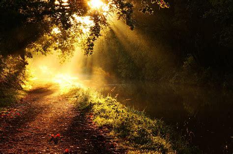 light beam sun wallpaper 2560x1700