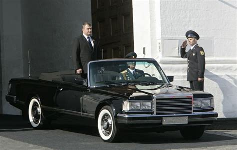 russian  zil limousine inspires  interest