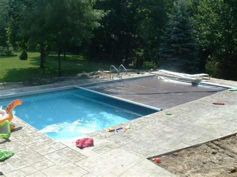Swimming Pool With Cover