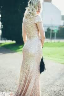 gold glitter bridesmaid dresses 5 wedding dresses that sparkle the green kangaroo unique wedding invitations