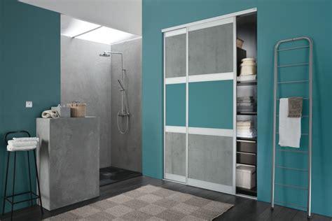 peinture chambre beige des rangements fonctionnels dans votre salle de bain