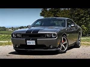 Dodge Challenger SRT8 392, 2017 Technology - YouTube