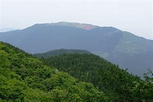 Mount Yamato Katsuragi - Wikipedia  Mount