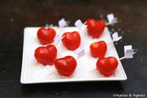 je de cuisine de tomates cerises coeur