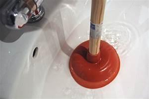 Waschbecken Verstopft Wasser Steht : abfluss waschbecken verstopft waschbecken verstopft was tun waschbecken abfluss verstopft ~ Bigdaddyawards.com Haus und Dekorationen