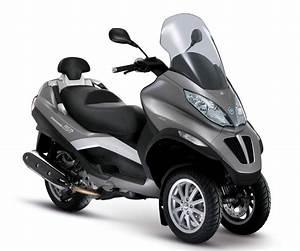 Piaggio Mp3 400 : 2011 piaggio mp3 400 new motorcycle ~ Medecine-chirurgie-esthetiques.com Avis de Voitures