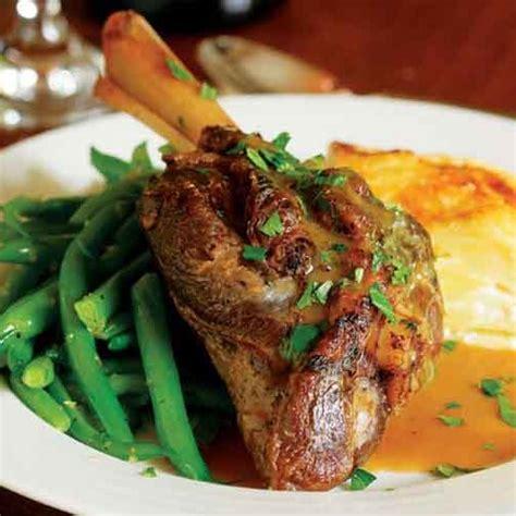 braised lamb shanks  garlic vermouth souris aux