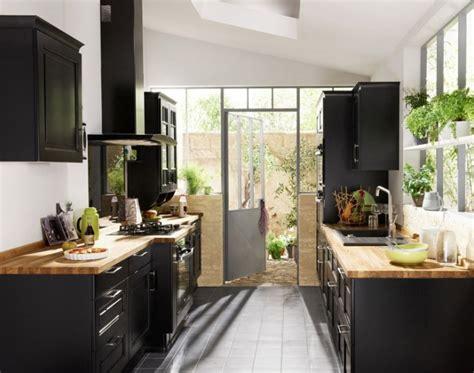 plan de cuisine moderne avec ilot central aménager une cuisine en longueur travaux com