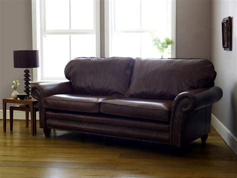 traditional settee cromwell traditional leather sofa click to zoom