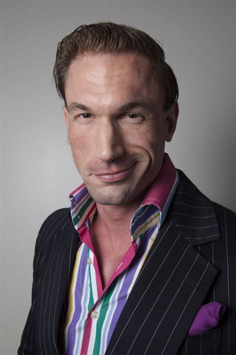 In this video, dr christian jessen discusses his top ways to achieve a healthier, more rested night's sleep including british wool bedding from the wool room. TV Doctor Christian Jessen has second hair transplant at ...