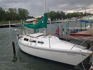 1978 Catalina 27 Sailboat For Sale In Michigan