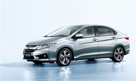 honda introduces most efficient hybrid sedan named quot grace quot
