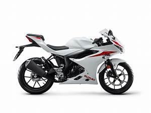 Suzuki GSX R125 Sport Bike - Chelsea Motorcycles Group