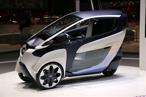 toyota mtr self leaning toyota i road concept debuts in geneva video