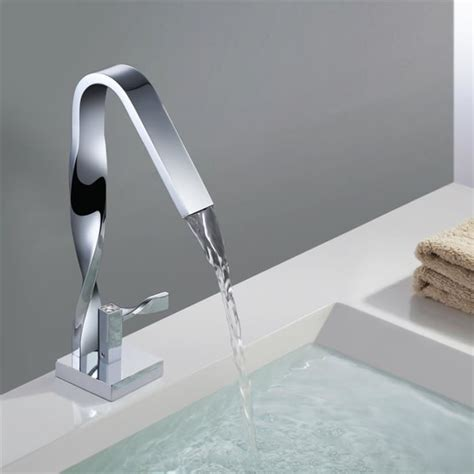 robinet cascade de vasque mitigeur design moderne pour