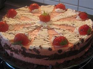 Torte Mit Erdbeeren : joghurt torte mit erdbeeren rezept ~ Lizthompson.info Haus und Dekorationen