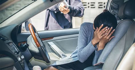 protect    car hijacking