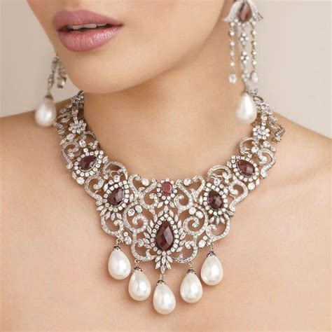 s jewelry designers s world necklace designs from senco gold