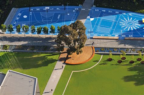 The design for monash university's caulfield campus encourages staff, students and visitors to revel in the dynamism of university culture. Monash University Caulfield Campus Green   urbanNext