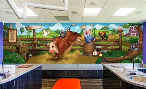 spy mural  entertain children   farm themed