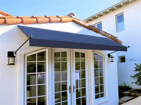 Spear Or Scroll Awnings