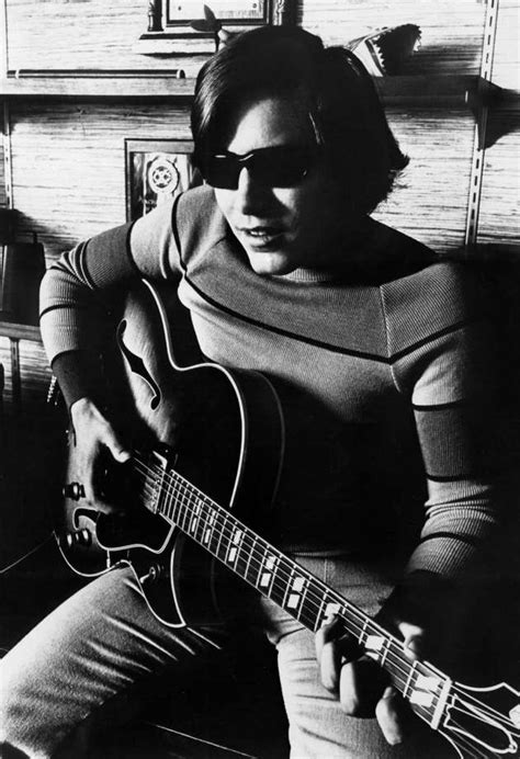 jose feliciano history jose feliciano staying viable playing acoustic show in