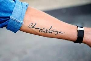 Tatouage Prenom Avant Bras Homme : modele tatouage ecriture avant bras inspirational modele tatouage avant bras homme ecriture ~ Melissatoandfro.com Idées de Décoration
