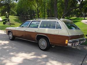 1974 Oldsmobile Vista Cruiser Photos  Informations  Articles