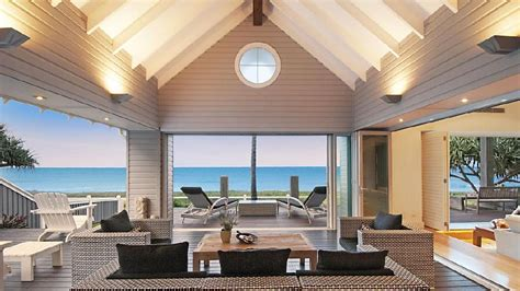 luxury hamptons style homes  hottest  qld  week