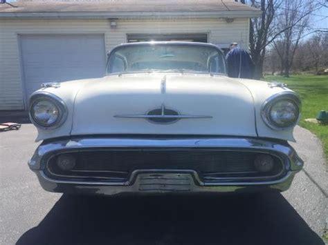 oldsmobile   door hardtop    engine  tri