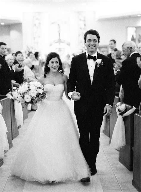 There are a plethora of choices when it comes to songs to walk down the aisle to. Wedding processional and recessional song ideas to walk down the aisle to! — Wedpics Blog