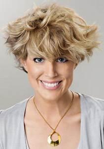 Coiffures Courtes Dégradées : coiffures fris es courtes ~ Melissatoandfro.com Idées de Décoration