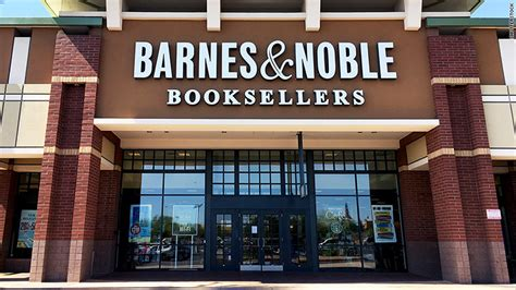 Barns And Novles by Former Barnes Noble Ceo Sues His Firing