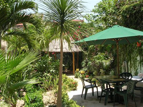 Der Garten Spanisch by Spanisch Sprachschule Playa Mexiko Dialog