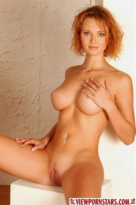 Perfect Tits Over 2000 Beautiful Models
