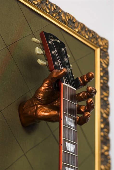 accrocher une guitare au mur encadrez votre guitare avec un guitar frame guitar wink
