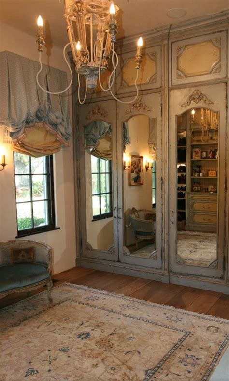 Beautiful Closet Doors by Best 25 Mirrored Closet Doors Ideas On Mirror